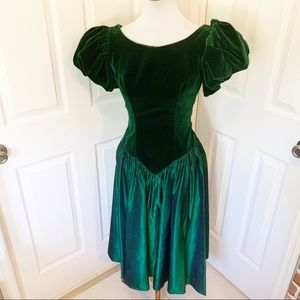 Vintage 80's prom emerald puff sleeve bow dress